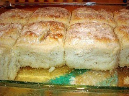 7-up Bisquick Biscuits Recipe (spoiler alert: uses sour cream, too!!) Made these & they are DELISH!!! I used Sprite instead of 7Up because that's what I had & they turned out fantastic! Super duper light & fluffy! ~ Amber