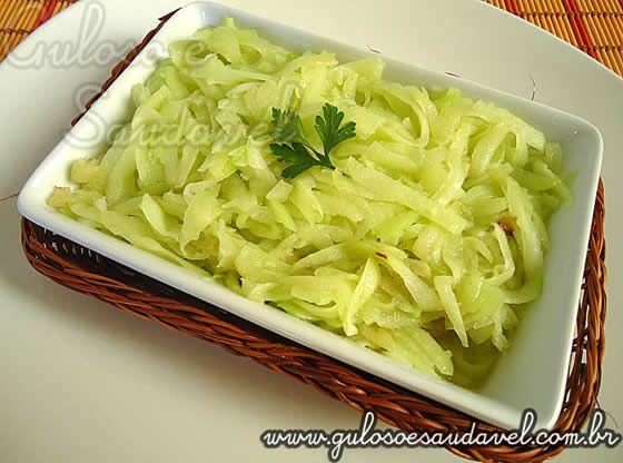 Pessoal, chuchu sauté é um prato muito pouco popularizado, os pratos com chuchu tem inúmeras vantagens, como o chuchu tem sabor neutro é uma excelente...