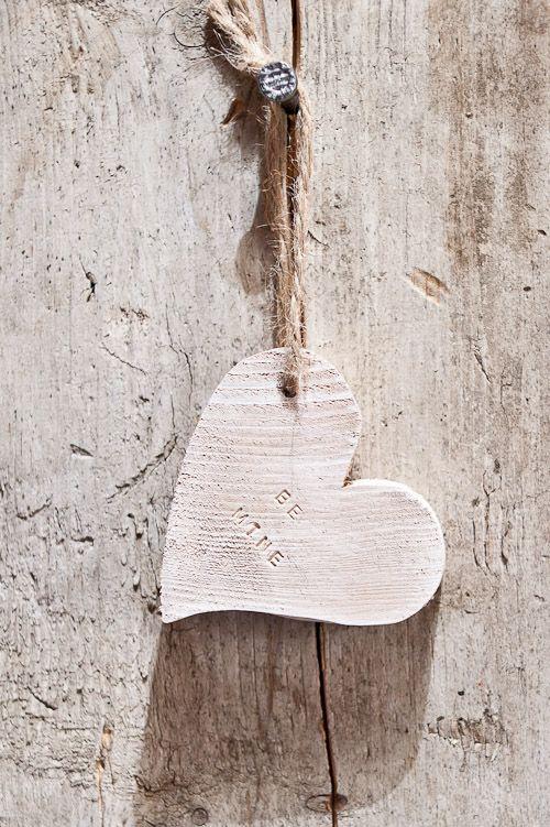 "Wooden heart "" BE MINE """