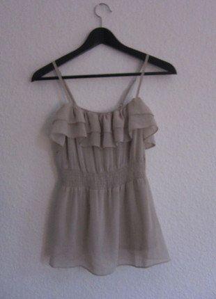 Kaufe meinen Artikel bei #Kleiderkreisel http://www.kleiderkreisel.de/damenmode/blusen/138127044-volant-top-nude-von-hm