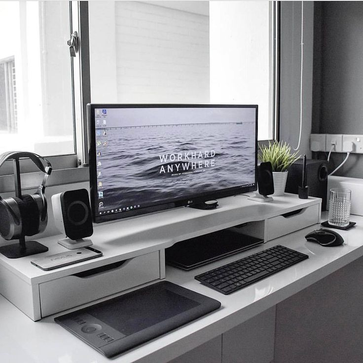 i would kill for a setup like this lg monitor what