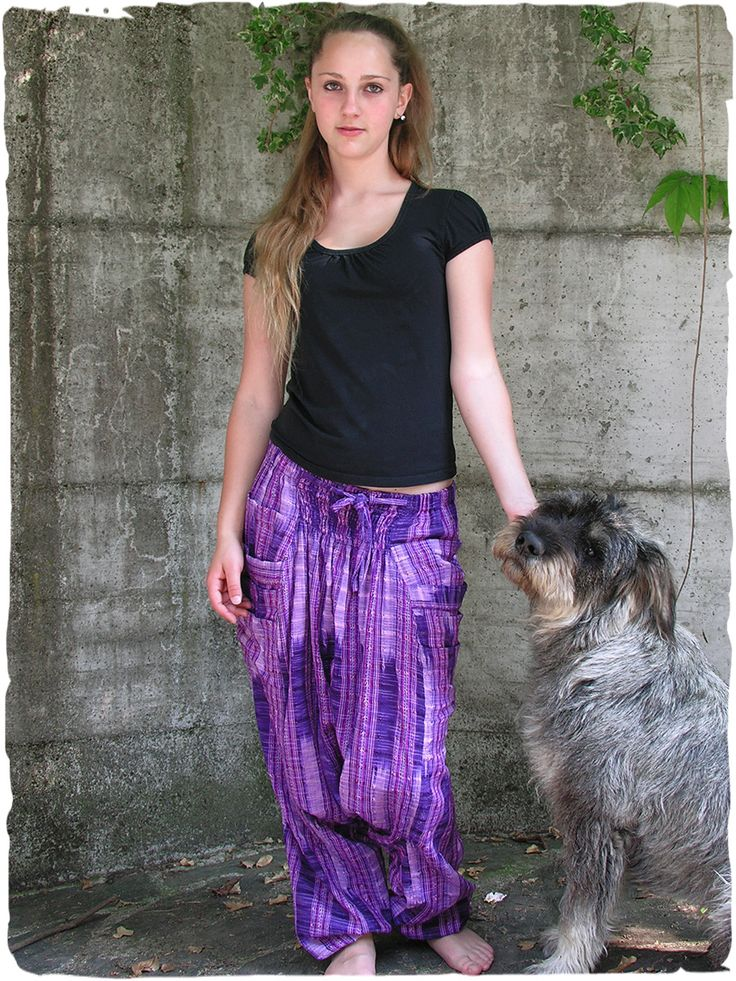 Bombacho ethnic trousers Ample #trousers with elastic in belt #modaetnica #ethnicalfashion #lamamita #moda #fashion #italianfashion #style #italianstyle #modaitaliana #lamamitafashion #moda2016 #fashion2016 #pantaloni #spring #springfashion #trousers #orientalfashion #pantaloniorientali #summerfashion