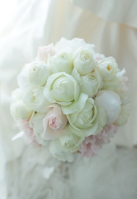 ラウンドブーケ 帝国ホテル様へ いにしへの八重の : 一会 ウエディングの花