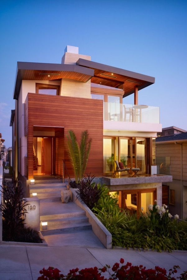Designed By Rockefeller Partners Architects, The Street Residence Is A  Modern Beach House With Views Of The Pacific And The Malibu Coastline.