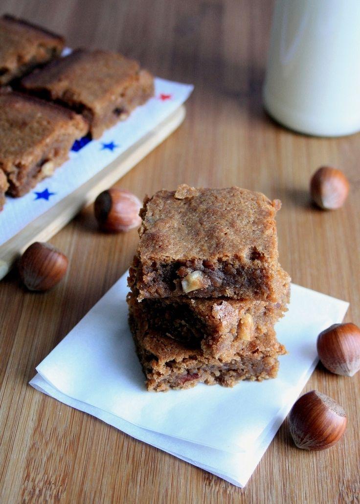 Voici une recette de brownie revisité au chocolat praliné et aux noisettes! Une petite tuerie super facile à faire et prête en un rien de temps ! De quoi satisfaire plein de petits (et gros) gourmands ! Le brownie est un de mes desserts préférés, et comme...