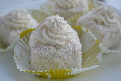 Myra's kitchen: Deserturi pentru Craciun si Revelion