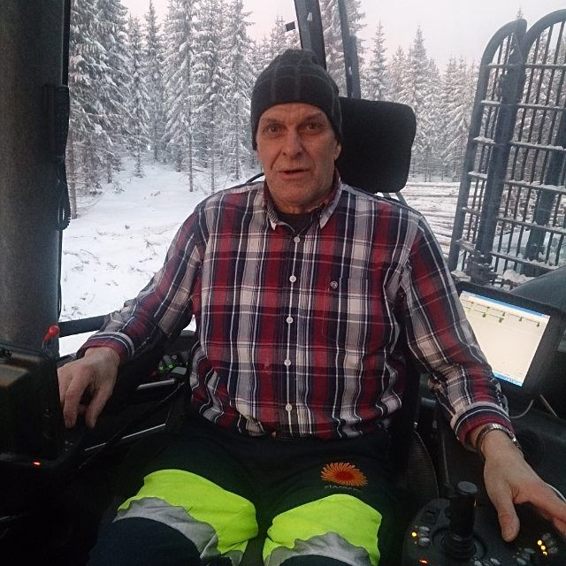 You can have a long career full of variation and challenges at Stora Enso. Like Lennart, still going strong after 48 years in the company.