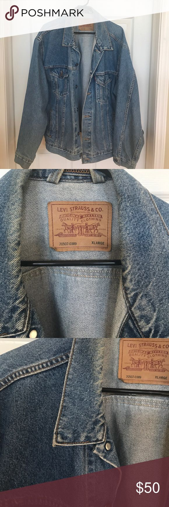 Vintage Men's Levi Jean Jacket Excellent condition Men's Levi Denim Jacket Levi's Jackets & Coats