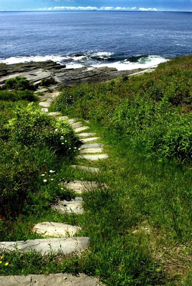 Two Lights State Park in Cape Elizabeth, ME; I lived in Maine in the late 1990s.