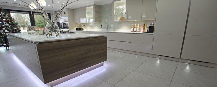 Grey Acacia wood kitchen island with floating island effect