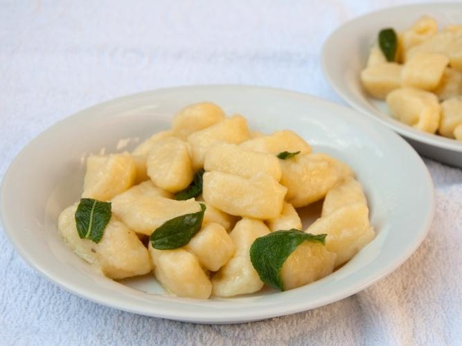 Gnocchi di patate senza glutine con burro e salvia