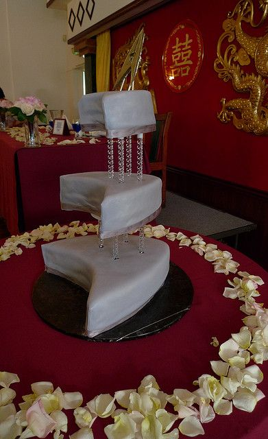 Star Trek Wedding Cake [ I don't plan weddings on Pinterest, but if I did, this would be my cake ]