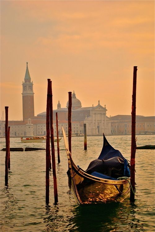 Venice.Gondola, Buckets Lists, The View, Boats, Venice Italy, Places, Italy Travel, Lonely Planets, Cities View