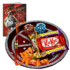 On raksha bandhan occasion sisters tie rakhi on brother's wrist. Send online rakhi gifts for your adorable sister from Giftsforrakhi gallery, where you select any gifts like chocolates, teddy or girls related accessories.
