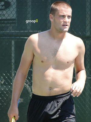 Viktor Troicki Shirtless in Cincinnati Open 2010