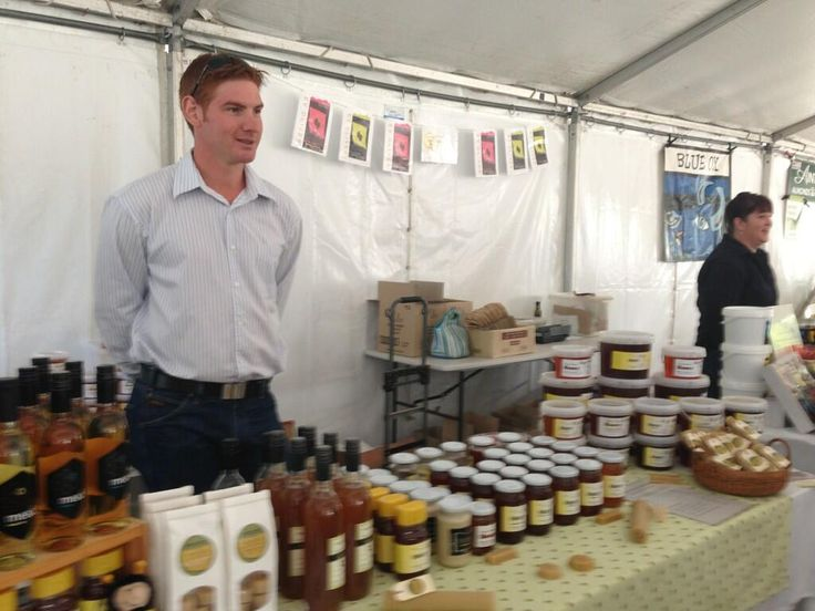 @Brown Brothers : Milawa Homey is the best #gourmet #farmersmarket #easterfestival