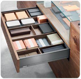 Blum Products - Box systems - LEGRABOX application 6 Kitchens