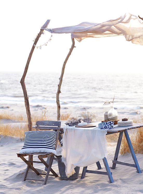 beach picnic | Sweet Paul