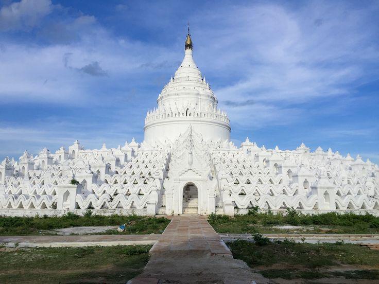 THE White Hsinbyume pagoda in MINGUN, Mandalay. #myanmaytrip August 2017