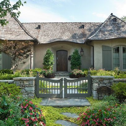 14 best images about bh fence on pinterest gardens for Cottage exterior design photos