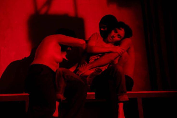 Núcleo de Pesquisa do Grupo XIX de Teatro apresenta RÚTILO NADA da obra de Hilda Hilst.  #teatro