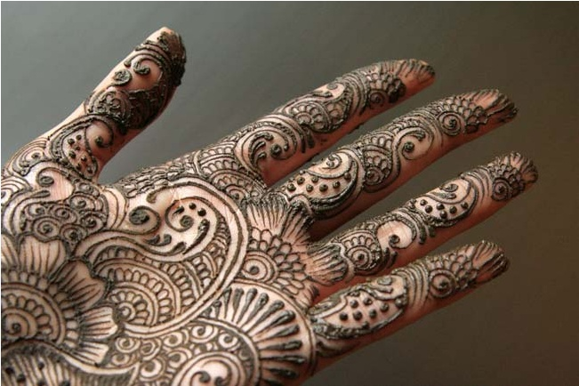 Mehndi Palm Design : Henna palm love the elements and flow of this one indo