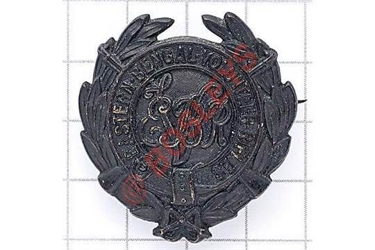 Indian Army. Eastern Bengal Volunteer Rifles pagri badge. British made die-stamped blackened laur