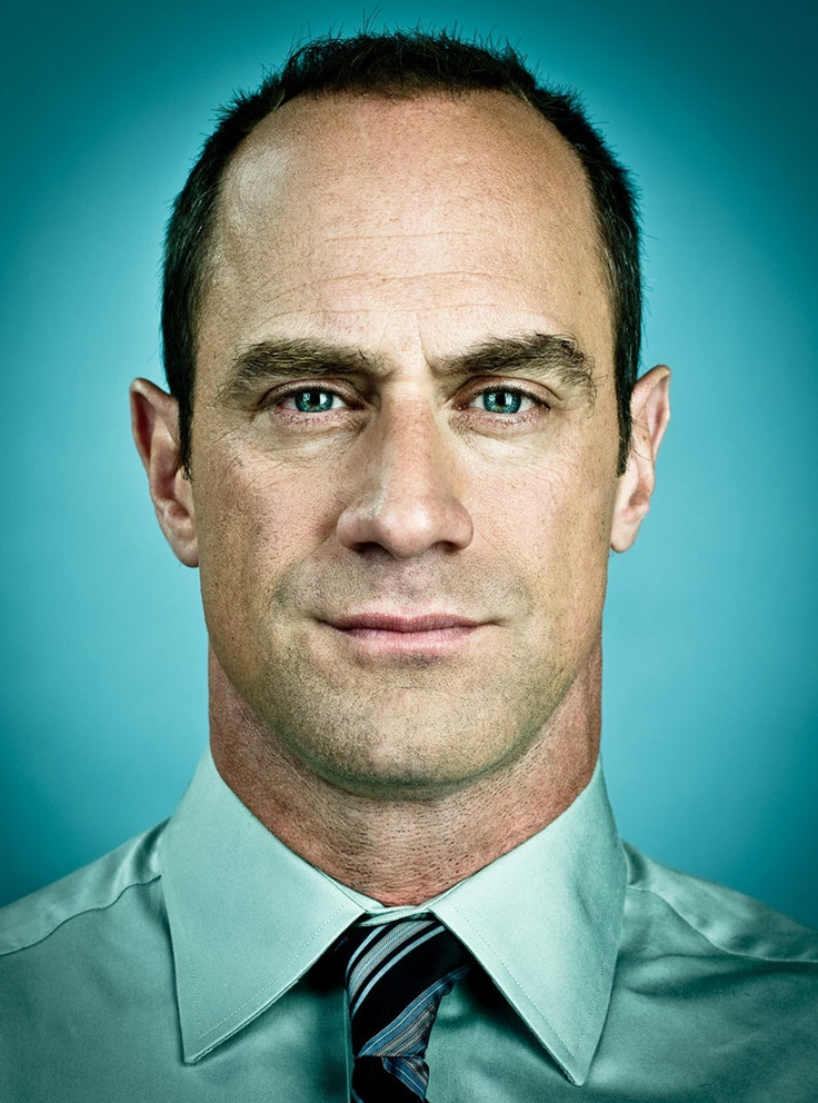 Christopher Meloni, he is some kind of yummy.