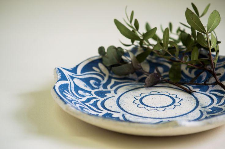 Керамическая посуда ручной работы.
