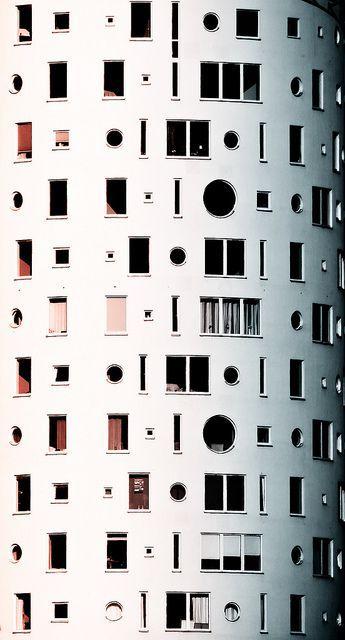 Geometric façade