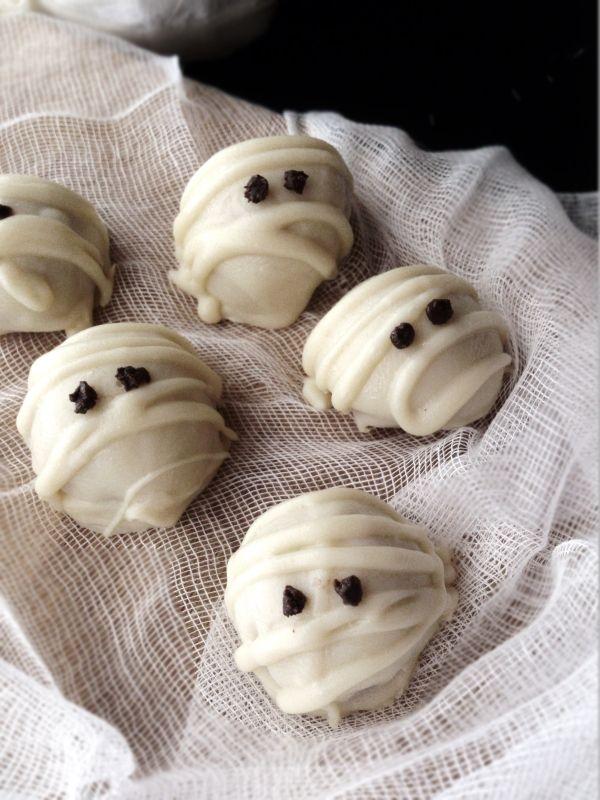 Truffes Momies au beurre de cacahuètes et chocolat blanc
