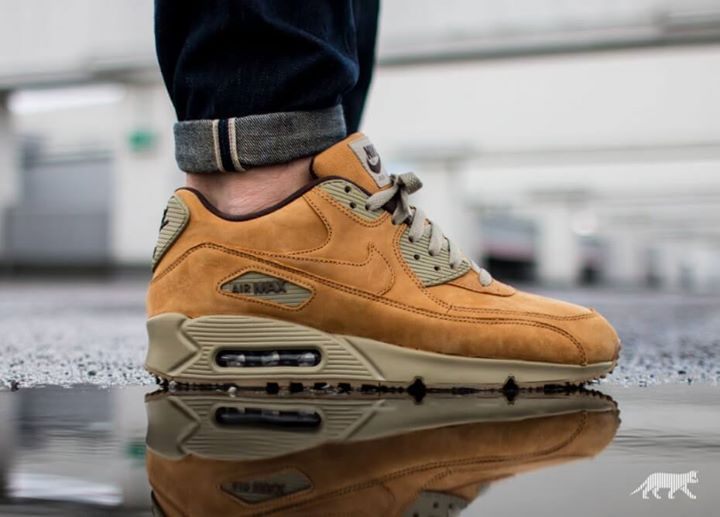new concept 70d81 dd96b Nike Air Max 90 Winter Premium Wheat Bronze Baroque Brown Womens Mens Shoes