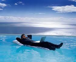 Lograr un mejor estilo de vida no se basa en el esfuerzo.  S basa en la educación. http://antonioortega.weebly.com