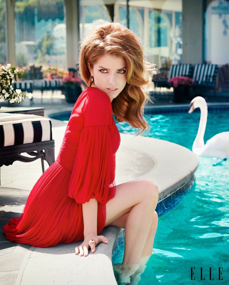 Anna Kendrick Poses for ELLE, Talks Being a Late Bloomer