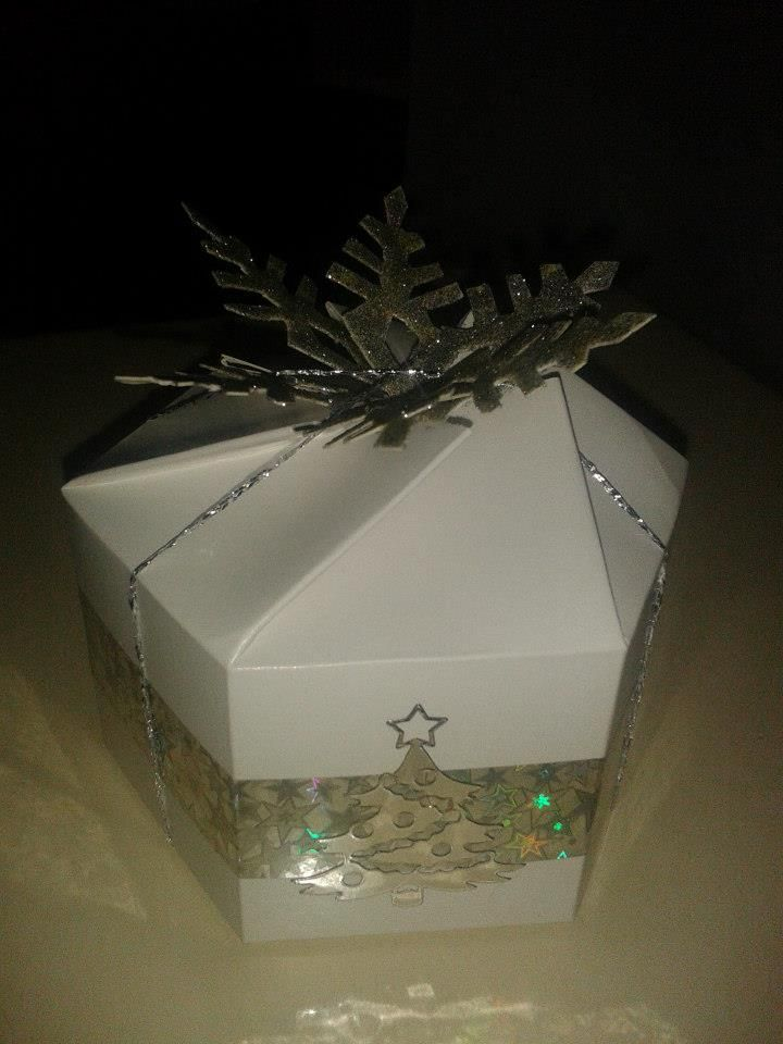 Ezüst dobozka