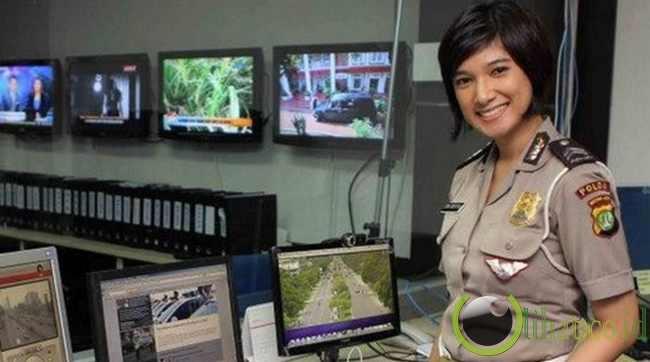 10 Polwan (Polisi Wanita) Tercantik di Indonesia