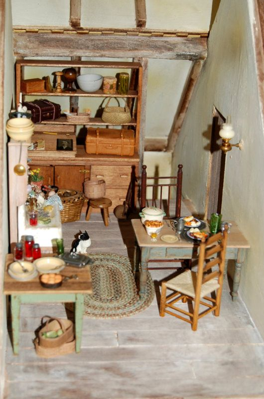 The House of the Three Widows   Cookie s World of Historic Dolls Houses and 1382 best Doll House images on Pinterest   Dollhouses  Doll houses  . Dolls House Interiors. Home Design Ideas