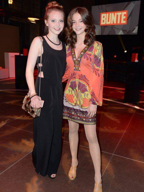 """Lisa Marie Koroll und Lina Larissa Strahl werden beim New Faces Award mit einem Sonderpreis für """"Bibi"""