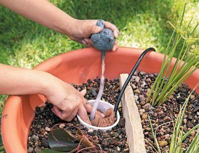 DIY : un bassin avec une fontaine en version mini!