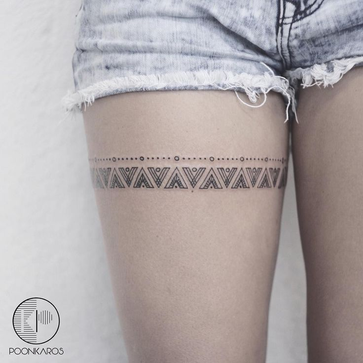 A Mayan pattern inspired thigh band for Adriana
