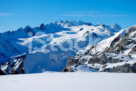 Pure Snow, Mt Cook Ranges, New Zealand. royalty-free stock photo