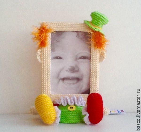 Купить Вязаная крючком фоторамка Клоун - комбинированный, клоун, клоунесса, цирк, рамка для фото, фоторамка