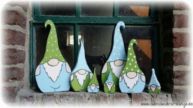 Wichtel Gartenzwerge Zwerge Gnome Holz 3 Stück von Handgemachte Holzarbeiten & dekorative Geschenke by Alexandra Sangs auf DaWanda.com