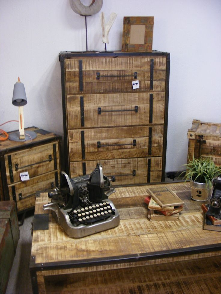 64 best muebles crus ricos indusyriales images on for Muebles industriales retro