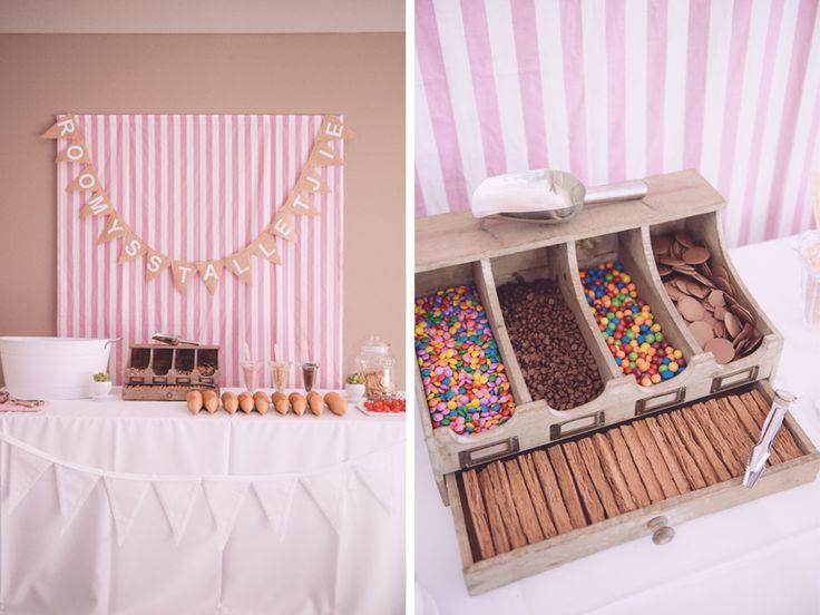 pretty ice cream table !!!