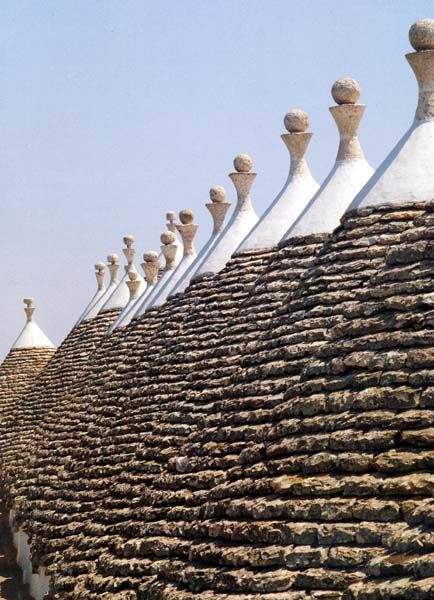 How many trulli! Only in Puglia ;) PLANS YOUR TRIP: info VITO MAUROGIOVANNI guidaturistic@gmail.com