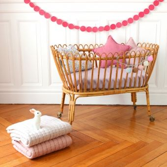 15 best meubles rotin images on pinterest baby room kids rooms and child room. Black Bedroom Furniture Sets. Home Design Ideas