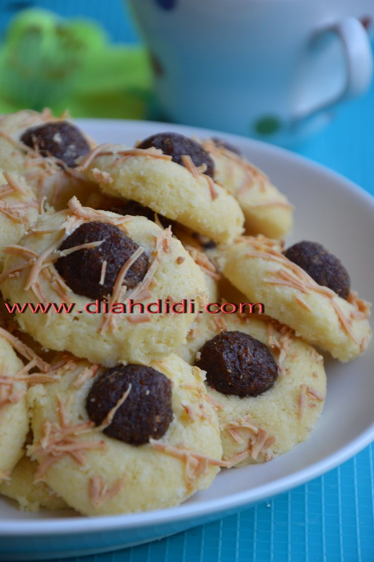 Diah Didi's Kitchen: Pineapple Thumbprint Cheese Cookies
