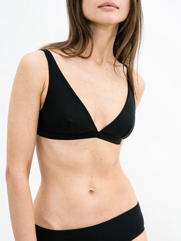 MATTEAU SWIM | Plunge Bikini Top in Black | The UNDONE by Matteau