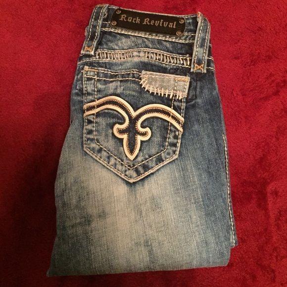 rock revivals capris rock revival's, great condition, hardly worn Rock Revival Jeans